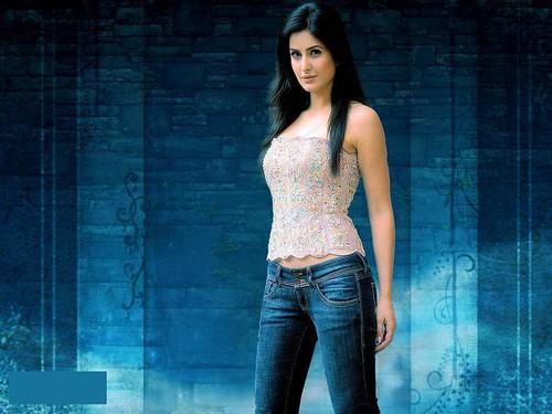Bollywood-Girl-Katrina-Kaif-Hot-In-Blue-Jeans-Hd-Wallpaper -1529