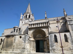Tarascon and Beaucaire: my escape from the Olympics 2012