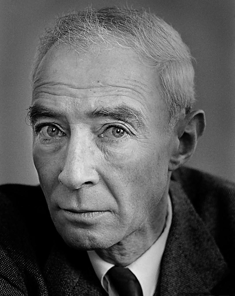 a biography of dr julius robert oppenheimer