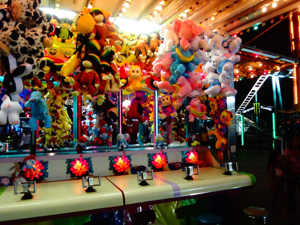 Steel Pier Atlantic City carnival game