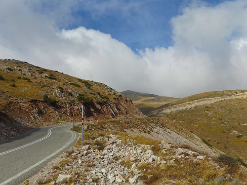 βελούχι τυμφρηστόσ καρπενήσι βουνά στροφέσ δρόμοσ τοπίο ανηφόρεσ ευρυτανία evritania bends road velouchi timfristos karpenisi mountain