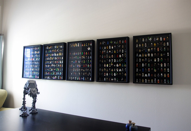 Lego Minifigure Display Wall: 99% full