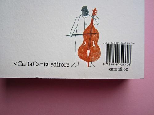 Sergio Pretto, Novecento Rom, CartaCanta 2012. Progetto grafico e logo: Oblique Studio, ill. di cop.: Sara Stefanini. Q. di copertina (part.), 1