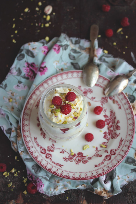 Mousse with white chocolate, raspberry and pistachios