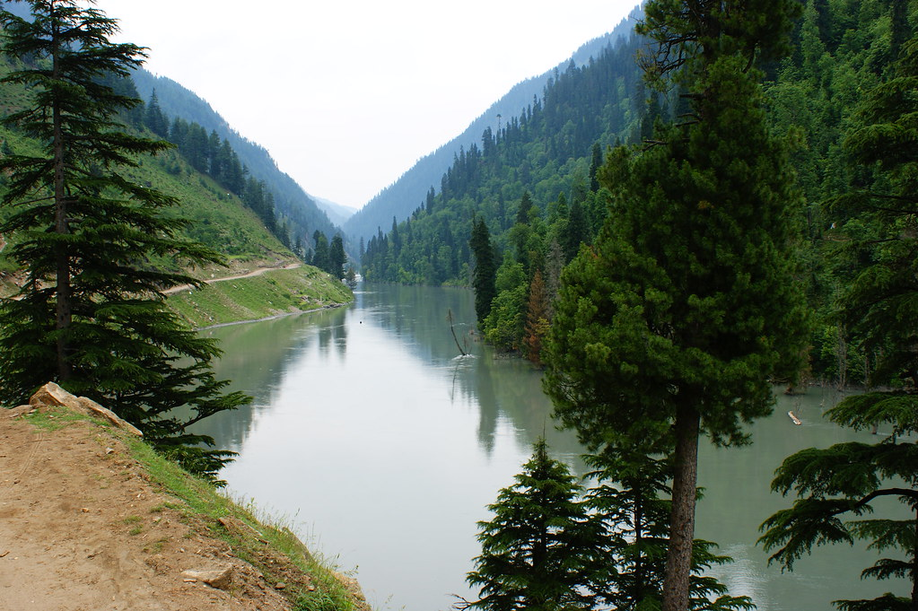 "MJC Summer 2012 Excursion to Neelum Valley with the great ""LIBRA"" and Co - 7595314538 83dab5d7aa b"