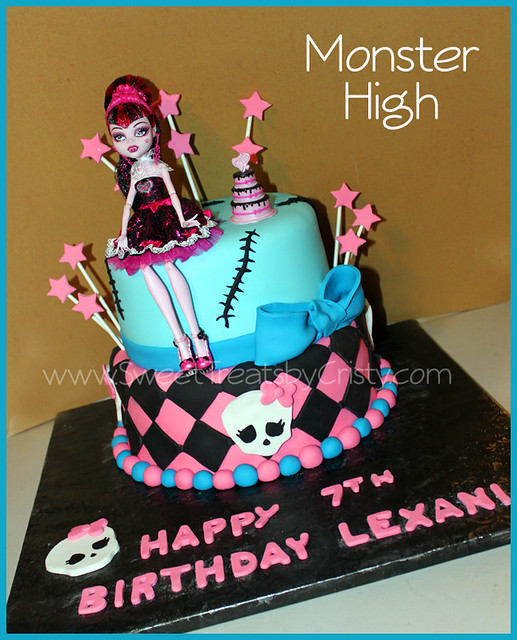 Monster High Cake Explore Sweet Treats by Cristy s ...