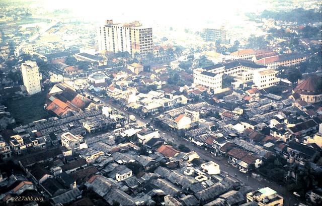Saigon - Khu vực đường Nguyễn Biểu, phía sau nhà thờ Chợ Quán
