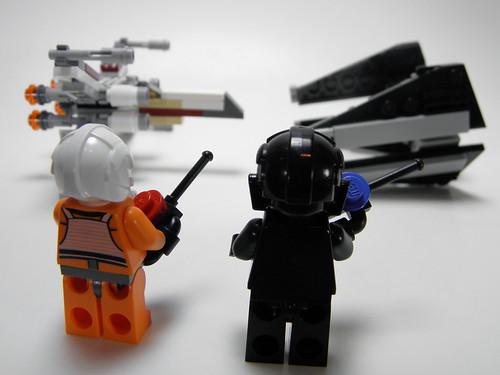 9676 TIE Interceptor vs 9677 X-Wing