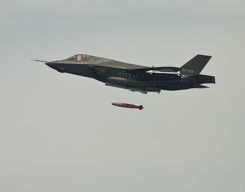 F-35 Completes First Airborne Weapons Separation