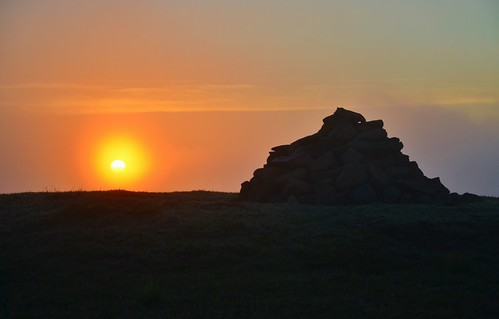 orange sun sunrise glow cairn whitecoomb
