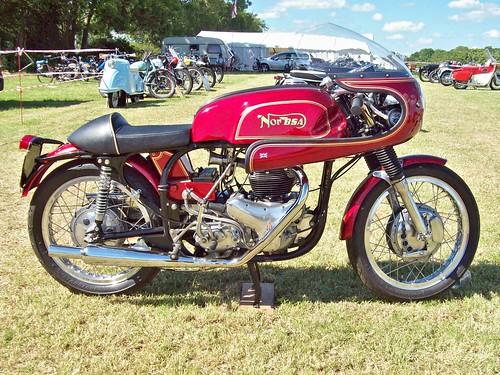 268 Norton BSA 650 (2001)