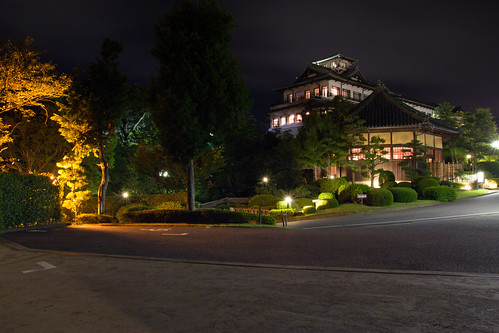 travel castle japan canon garden landscape eos japanese rebel hotel lowlight kiss sigma telephoto x4 lightroom gamagori 550d t2i 18250mm petertoshiro gamagorishi gamagoricity