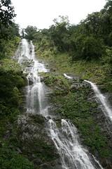 Wasserfall in Poring