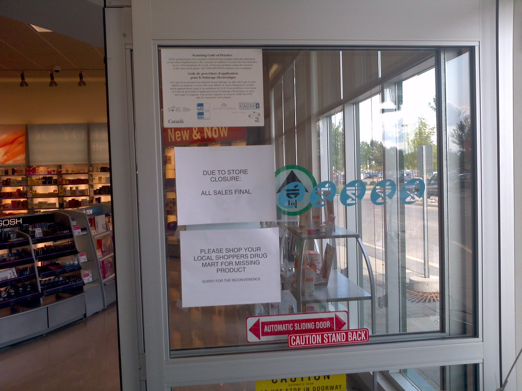 Superbe Shoppers Drug Mart Store Closing/Automatic Sliding And Swinging Doors