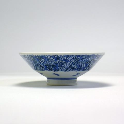 砥部焼 陽貴窯「平茶碗/みじん唐草(小)」