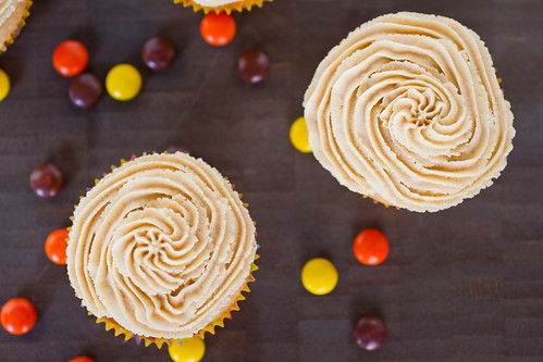 Peanut Butter Cupcakes-002.jpg