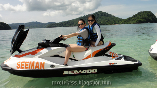 amanda and i on jetski