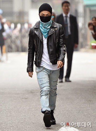 Taeyang BIGBANG KBS Music Bank arrival 2015-05-15 PRESS002