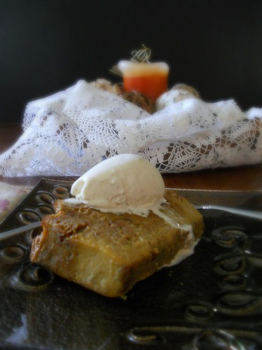 molasses and honey bread pudding