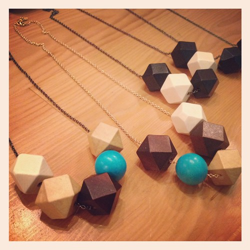 wooden necklaces by Totinette