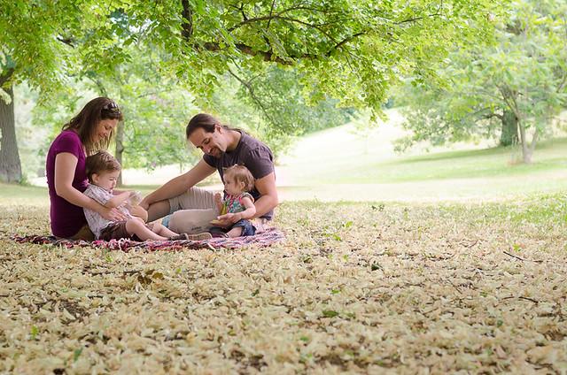在公园里野餐