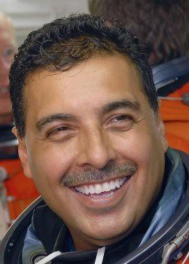 father jose hernandez astronaut - photo #5