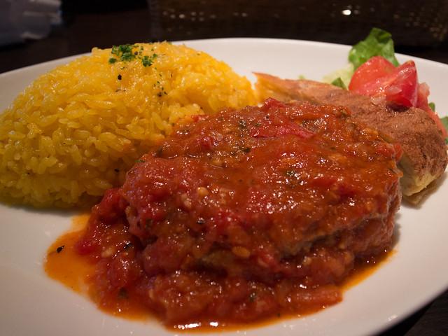 LA VALENCIANA トマト煮込みハンバーグ