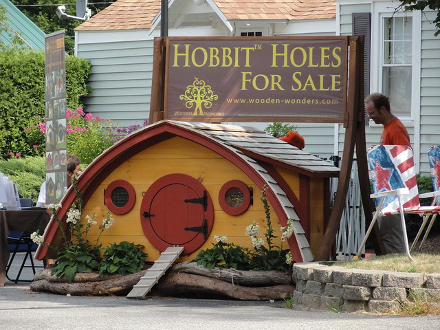 dsc05013 hobbit homes for sale taken at the moxie festiva flickr photo sharing. Black Bedroom Furniture Sets. Home Design Ideas
