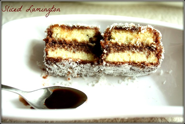 lamington sliced