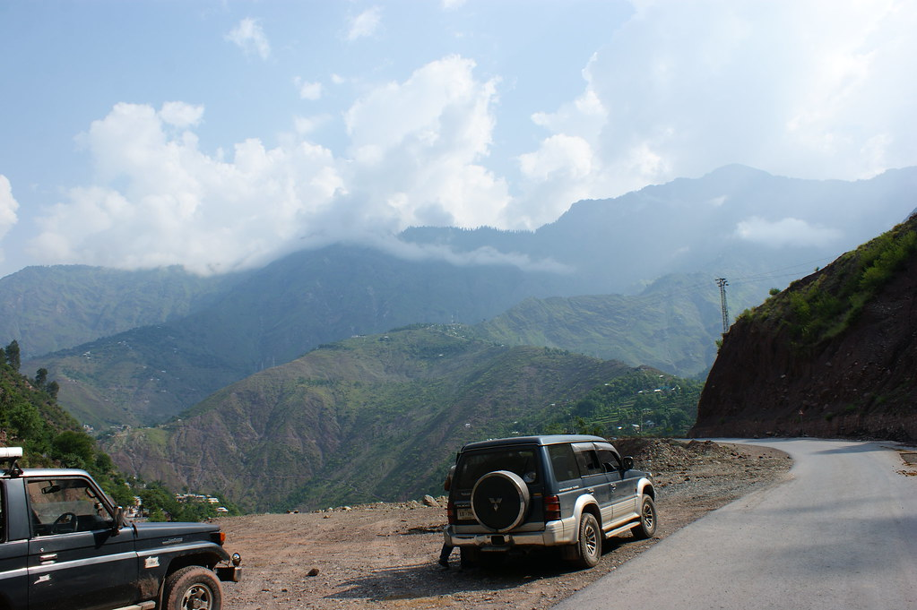 """MJC Summer 2012 Excursion to Neelum Valley with the great """"LIBRA"""" and Co - 7582020742 77aebe461f b"""