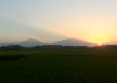 merapi-sunset-17072012