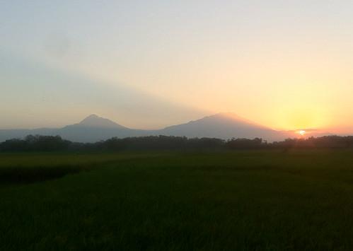 merapi-sunset-17072012