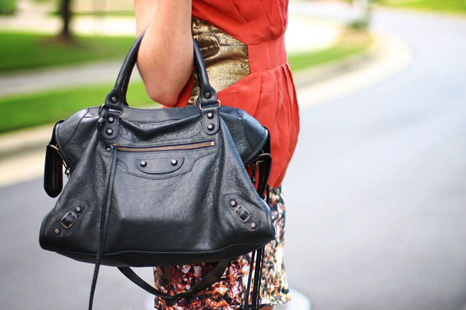 Peplum fashion, Body con, House of Wilde, Zara, Balenciaga bag