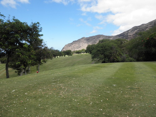 Makaha Valley Country Club 075