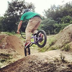 この日オクムが劇的に上達。ノーズダイブできるようになてきた!#trails #bmx