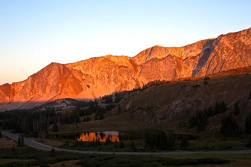 mountains wyoming sunrises medicinebow