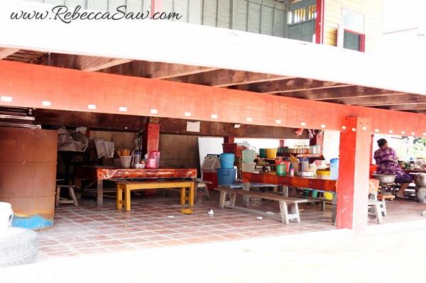 Singora Tram Tour - songkhla old town thailand-014