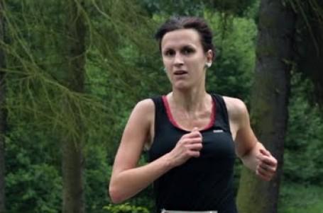 Maratony přinášejí víc zážitků než kratší závody, říká mladá běžkyně