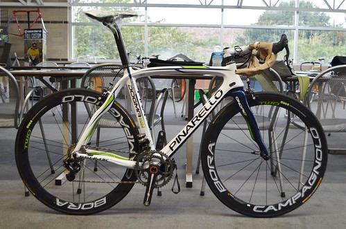 Pinarello Dogma 65.1 Think2 Movistar 762