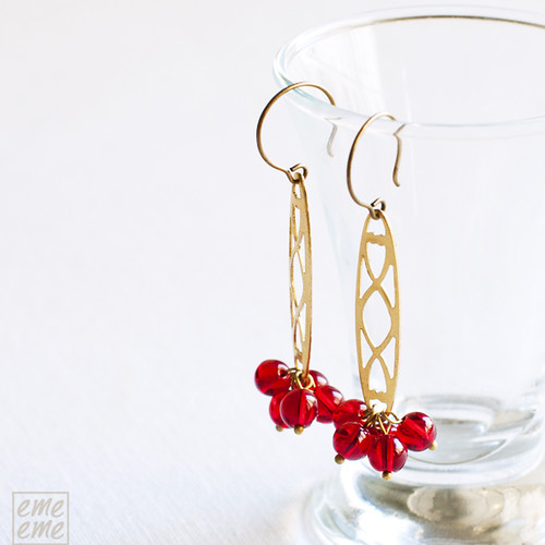 Earrings,Vintage,raw,brass,filigree,red,glass,beads,dawanda,etsy,glass,gold,emeeme,pendientes,filigrana,dorado,cuentas,rojas,cristal