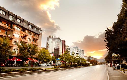 life street city sunset people urban buildings macedonia skopje улица залез град македонија скопје знаци partizanska зајдисонце partizanski партизанска згради odredi партизански одреди