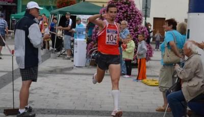 Aleš Miko překonal v Karviné traťový rekord a jasně zvítězil