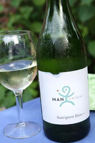 Man Vintners 2011 Sauvignon Blanc