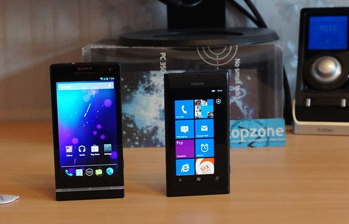 Android Jelly Bean prieš Windows Phone 7.5
