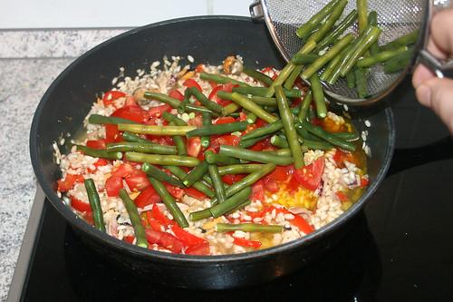 38 - Bohnen beigeben / Add beans