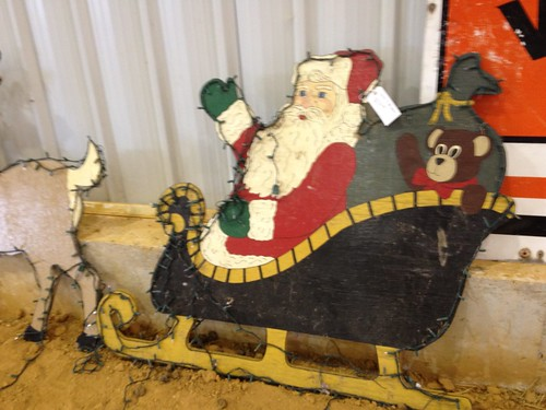 worldslongestyardsale plywoodsanta