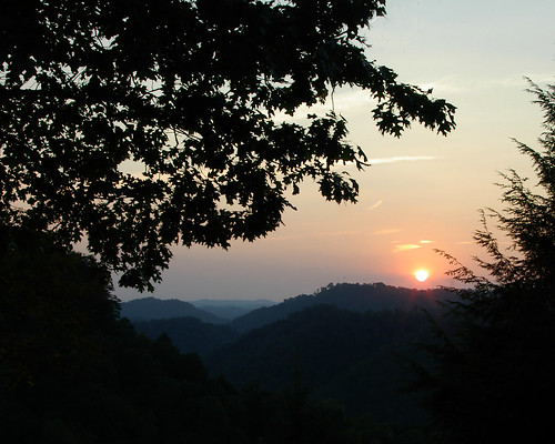 sunset mountains virginia kentucky sunsets va appalachian breaks appalachianmountains southwestvirginia mountainsunset southwestva breaksinterstatepark southeastky breaksva southeastkentucky breaksinterstateparkvaky breaksvirginia