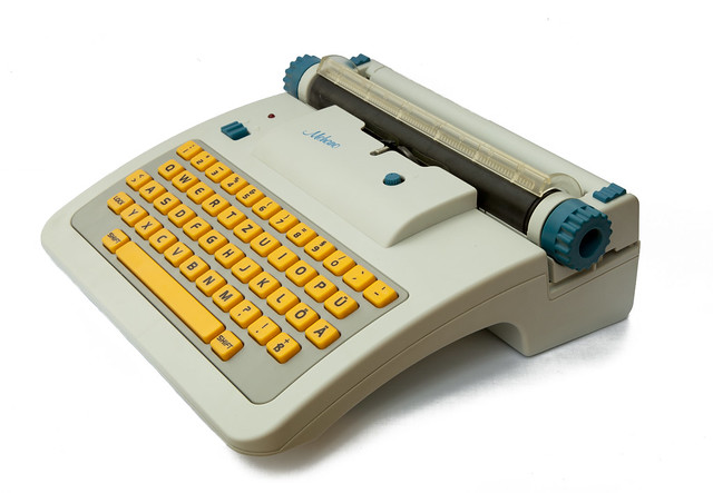 Mehano toy typewriter