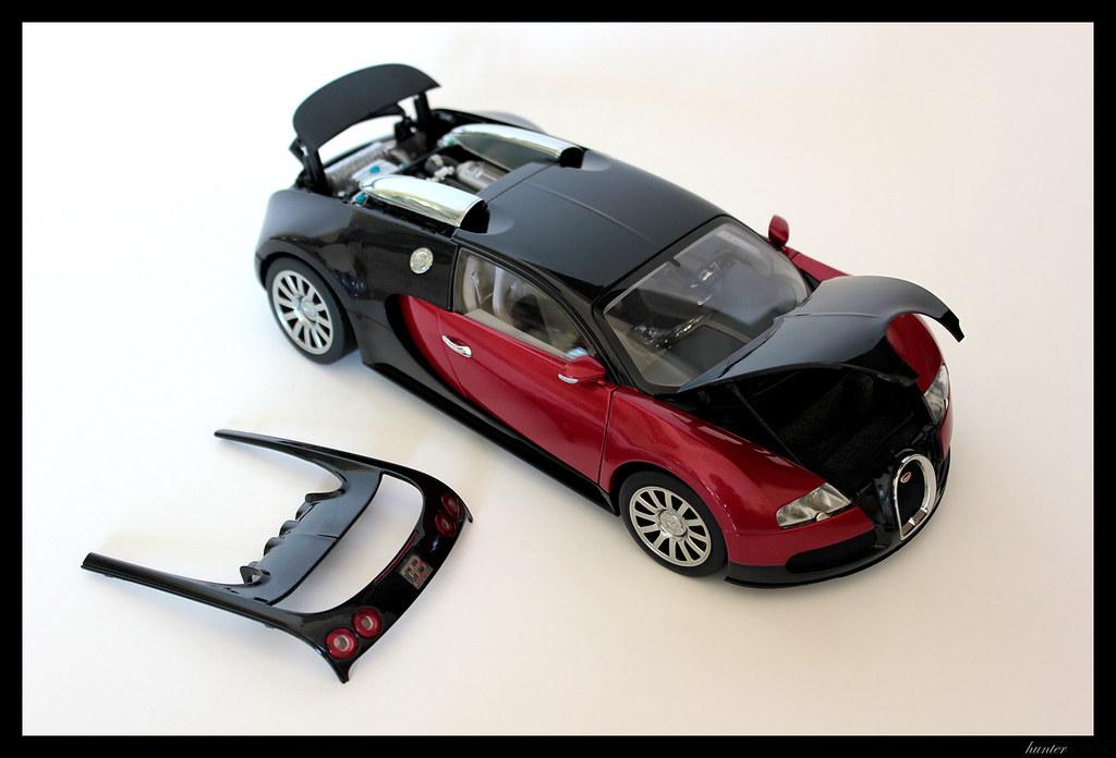 bugatti veyron 16 4 production car red black by autoart signature 1 18 bugatti. Black Bedroom Furniture Sets. Home Design Ideas