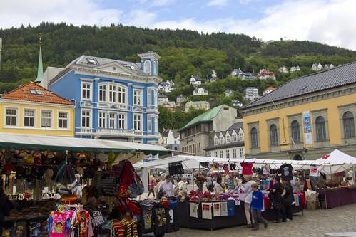 90 Bergen plaza frente mercado del pescado